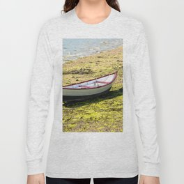 Boat stranded at low tide Long Sleeve T-shirt