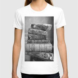 Antique leather-bound books, novels, poetry black and white photograph / vintage black and white photography T-shirt