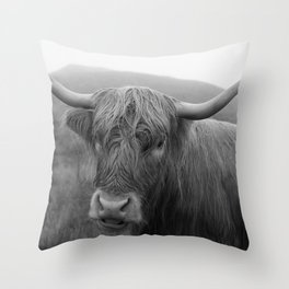 Highland cow I Throw Pillow