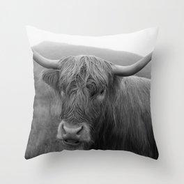 Highland cow I Throw Pillow