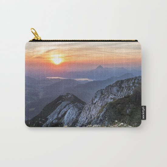 Daisy Field Carry-All Pouch