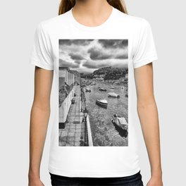West Looe River in Black and White T-shirt