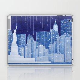 New York, Statue of Liberty Laptop & iPad Skin
