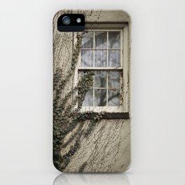 Je suis le Voyeur III iPhone Case