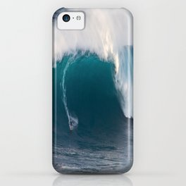 "Surfing ""Jaws"" (Pe'ahi) iPhone Case"