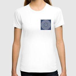 Blue and White Mandala - LaurensColour T-shirt