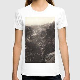 Half Dome, Yosemite Valley, California T-shirt