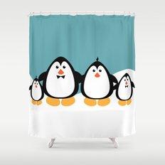 NGWINI - penguin family v4 Shower Curtain