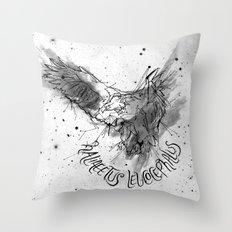 FIG. 756 (Haliaeetus leucocephalus) Throw Pillow