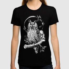 Owl-ing T-shirt