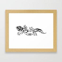 Black and White Gecko Framed Art Print