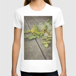 Rustic Fall Flowers T-shirt