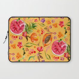 Tropical Fruit Festival in Yellow | Frutas Tropicales en Amarillo Laptop Sleeve