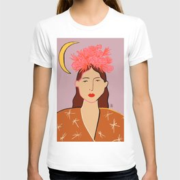 GIRL WITH FLOWER CROWN T-shirt