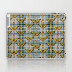 DINNER_WITH_BUTTERFLIES Laptop & iPad Skin