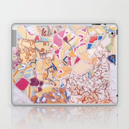 Tiling with pattern 4 Laptop & iPad Skin