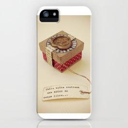 Boîte contenant Une heure de temps libre iPhone Case