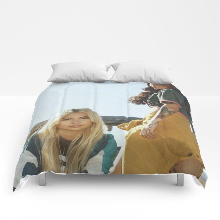 Kehlani x Hayley Kiyoko 2 Comforters