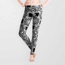 Black and White Flower Doodle Graphic Design Pattern- Style 2 Leggings