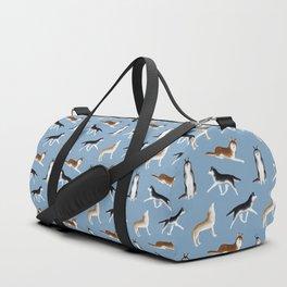 Husky Pattern (Blue Gray Background) Sporttaschen