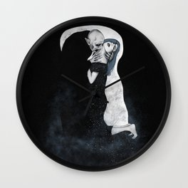 The (Eternal) Kiss Wall Clock