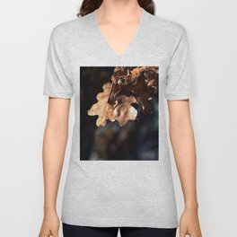 Winter oak leaves Unisex V-Neck