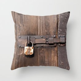 Locked - verschlossen Throw Pillow
