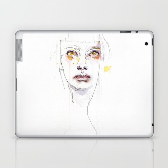 Golden eyes girl Laptop & iPad Skin