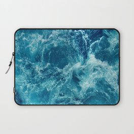 Ocean is shaking Laptop Sleeve