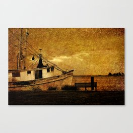 Old Shrimp Boat in Apalachicola FL  Canvas Print