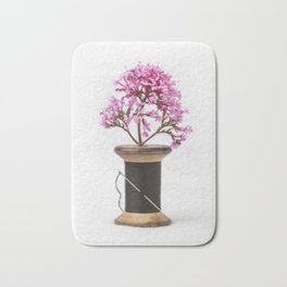 Wooden Vase Bath Mat