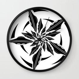 UFO spin - black Wall Clock