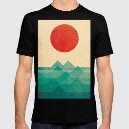 The ocean, the sea, the wave T-shirt