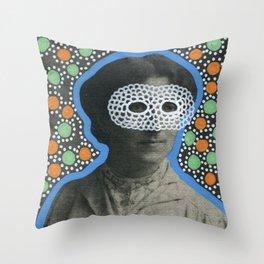 Sguardi Neri Sotto Cieli Neri 002 Throw Pillow