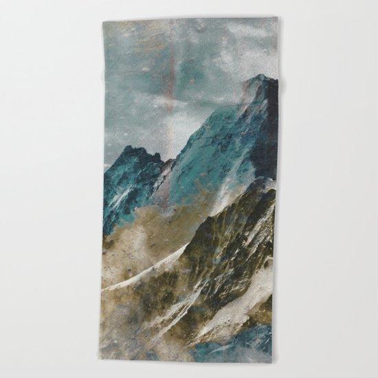 MOUNTAIN Beach Towel