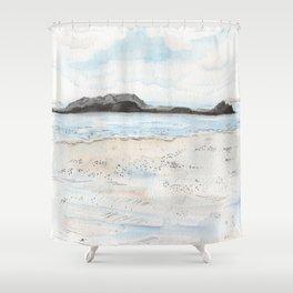 la plage à Saint-Malo Shower Curtain
