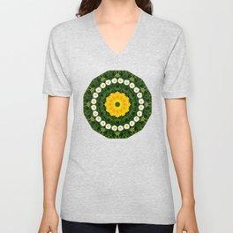 Daisies, Nature Flower Mandala, Floral mandala-style Unisex V-Neck