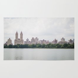 Monochromatic - New York City Central Park, Architecture Landscape, Cloudy City Skyline Photography Rug
