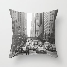 That New York Minute Throw Pillow