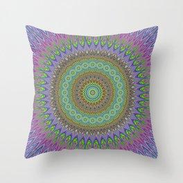 Mandala explosion Throw Pillow