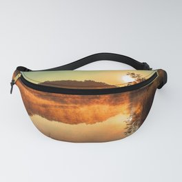 Sunrise at the lake/Sonnenaufgang am See Fanny Pack