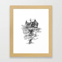 Hogar Sostenido/Supported Home Framed Art Print