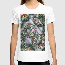 Floral Wreaths (Color) T-shirt