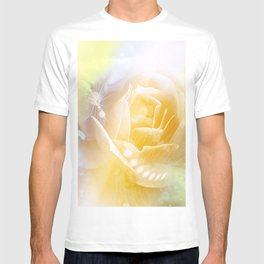 Beautiful yellow rose T-shirt