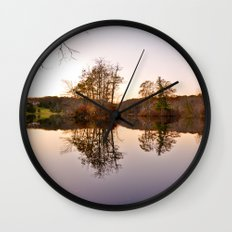 Parallel Universe Wall Clock