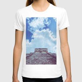 Chichen Itza Pyramid Yucatan Mexico T-shirt