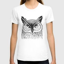 Owl Watercolor Painting | Black and White T-shirt