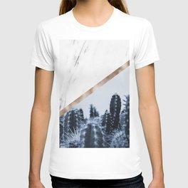 Cool marble desert blooms T-shirt