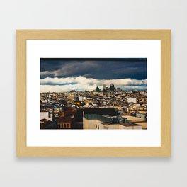 La ciudad roja. Framed Art Print