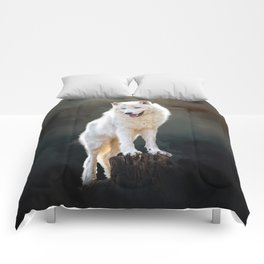 Arctic wolf Comforters